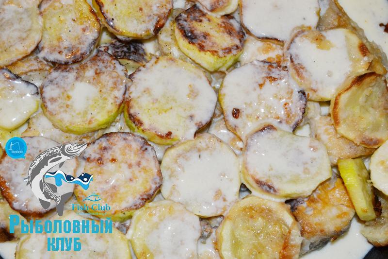 ryba-zapechennaya-s-kabachkami-v-duxovke-6